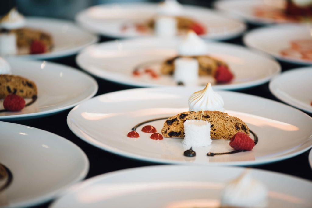 divinemenciel agence communication culinaire tendance restauration identité visuelle création marque image de marque audit de marque plan marketing restaurant charte graphique restaurant