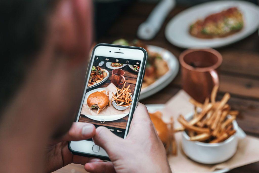 divinemenciel agence communication culinaire tendance digital food éco-responsable restaurant éco-responsable culture vegan nourriture éco-responsable concept food